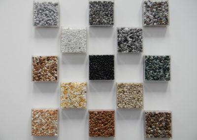 verschiedene Farben von Natursteinteppich
