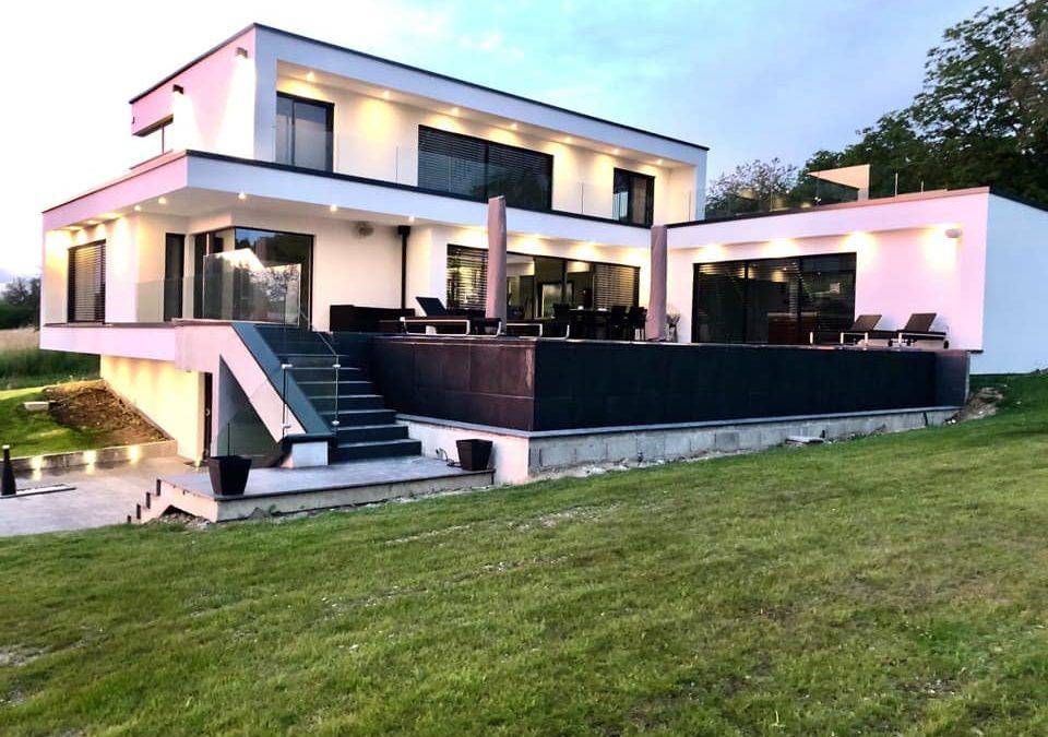 Hier mal eine komplette Fotoserie unserer Leistung an einem modernen Neubau! Eine wunderschöne Villa!  Danke auch an den Kunden für das Vertrauen und die to